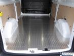 Custom Boden aus Aluminium Riffelblech L1