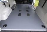 T5 - T6 Kombi Boden mit Löchern für Sitzaufnahmen Ausführung Typ 3 - Mit Deckeln - Radstand L1 kurz